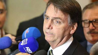 """bolson foto Valter Campanato Agbr 390x220 - Bolsonaro: """"querem colocar na minha conta decisões sobre Previdência"""""""