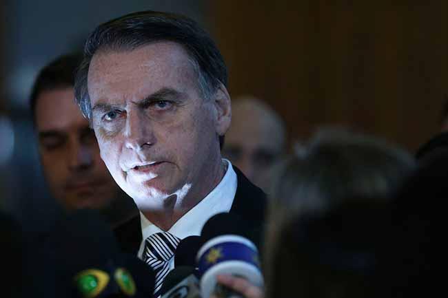 bolsonaro77 - Bolsonaro vai propor mudança no sistema de votação eleitoral