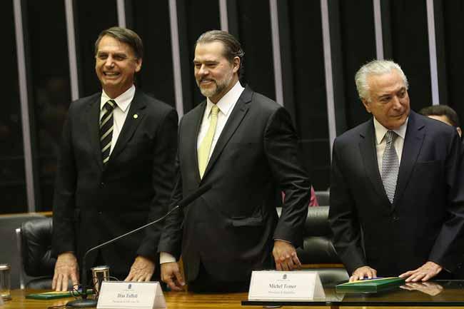 bolsontofolli - Bolsonaro deve ser diplomado dia 11 de dezembro