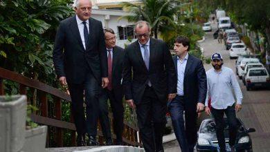 embaixador 390x220 - Bolsonaro se reúne com comitivas da China e da Itália