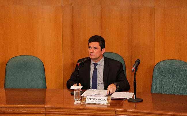 moro 4 - Sergio Moro concede primeira entrevista coletiva após aceitar ser ministro da Justiça