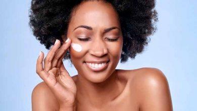 pele negra 390x220 - Dicas de como cuidar da pele negra