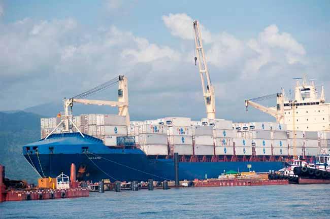 portos 0 - Balança comercial tem maior superávit da série histórica para outubro