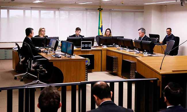 trf4 8turma - TRF4 condena Palocci a nove anos e dez dias e determina prisão domiciliar