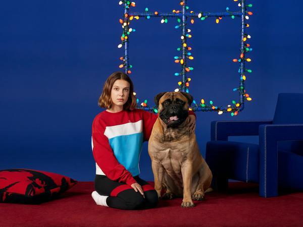 352449 851217 ho18 mbb stills 1080x810 3 web  - Millie Bobby Brown estrela shooting natalino da Calvin Klein