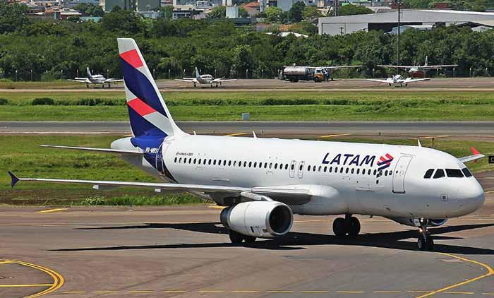Airbus A350 Latam - Latam emite nota e diz que avião com falha não saiu da pista