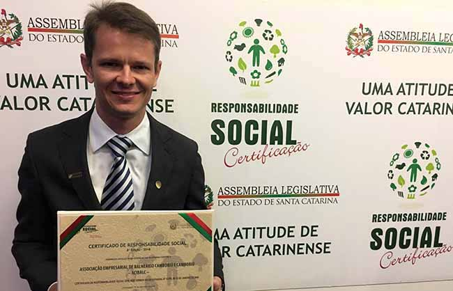 Augusto Munchen Presidente da entidade 1 - Acibalc é certificada por sua Responsabilidade Social em evento na ALESC