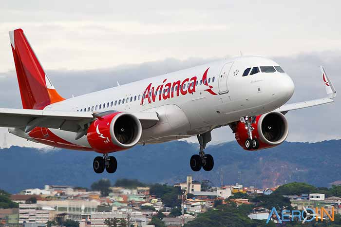Avianca Brasil avião em voo - Anac suspende as operações da Avianca no Brasil