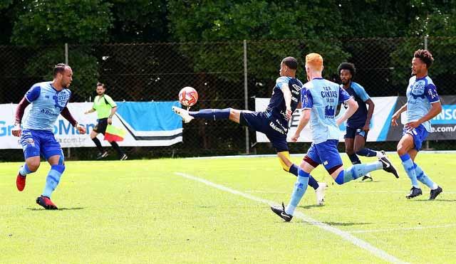 Grêmio ficou no 2 a 2 com o time Serrano em jogo treino visando o Gauchão 2 - Grupo de Transição do Grêmio jogou com o Caxias