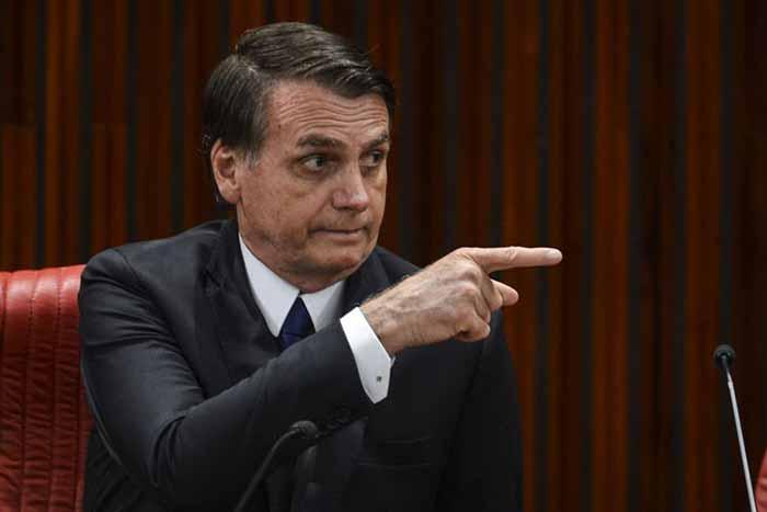 Jair Bolsonaro 22 - Bolsonaro reage à formação de bloco de oposição