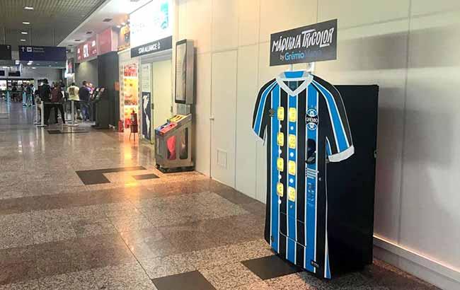 Aeroporto Salgado Filho recebe a primeira Máquina Tricolor Express 9bccf149d8e04