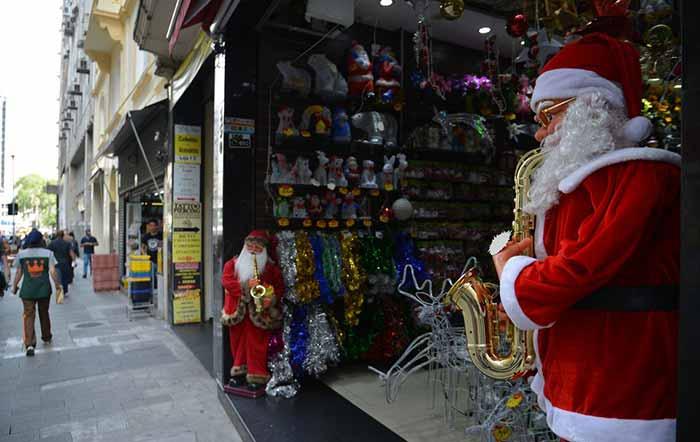 Natal vendas fim de ano varejo - Vendas no varejo devem aumentar 3,1% no Natal, diz confederação