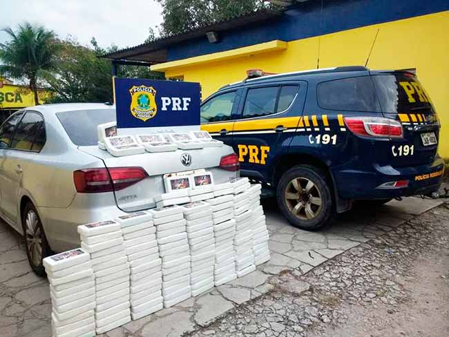 apreensao de cocaina no rio - Polícia apreende mais de 100 quilos de pasta de cocaína em rodovia