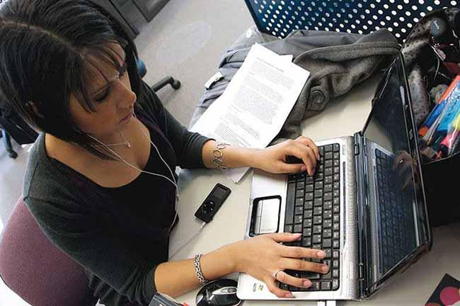 aulas a distância graduação - Cursos de graduação podem ofertar até 40% de aulas a distância