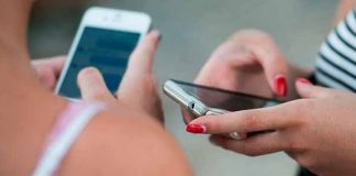 Uso excessivo de smartphones  faz mal às articulações
