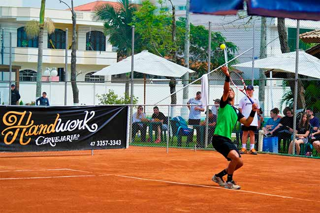daniel dutra - Gaúcho Orlandinho disputa Copa Ártico Pro de Tênis em Santa Catarina