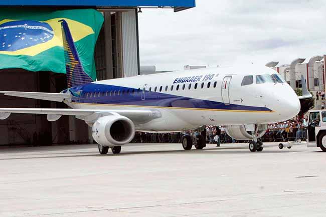 embraer 190 - Conselho de administração da Embraer confirma parceria com Boeing
