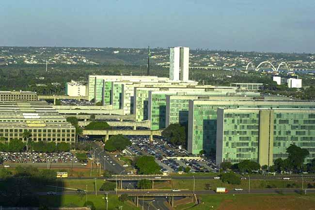esplanada dos ministérios em Brasília - Feriados e pontos facultativos em 2019