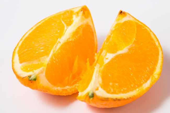 laranja - Alimentos que ajudam a controlar os sintomas da TPM