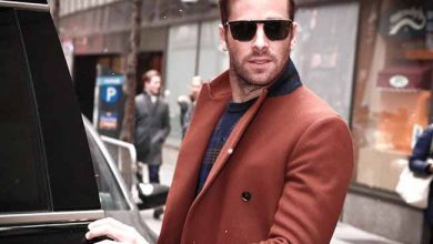 Photo of Armie Hammer usa óculos Salvatore Ferragamo