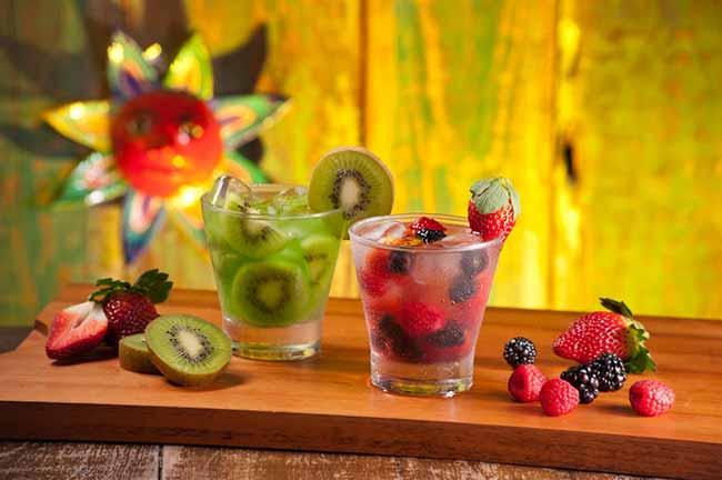 Caipiras - Promoções especiais em pratos típicos, drinques e shots são destaque em fevereiro no Guacamole Cocina Mexicana