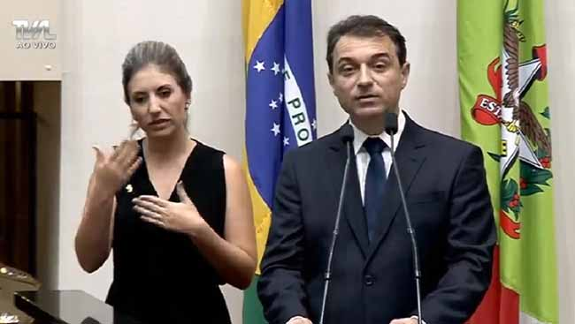 Carlos Moises Posse SC - Carlos Moisés assume o governo de Santa Catarina
