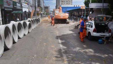 CentroNH obras nas bancas 390x220 - Bancas poderão voltar afuncionar após obras de revitalização em Novo Hamburgo