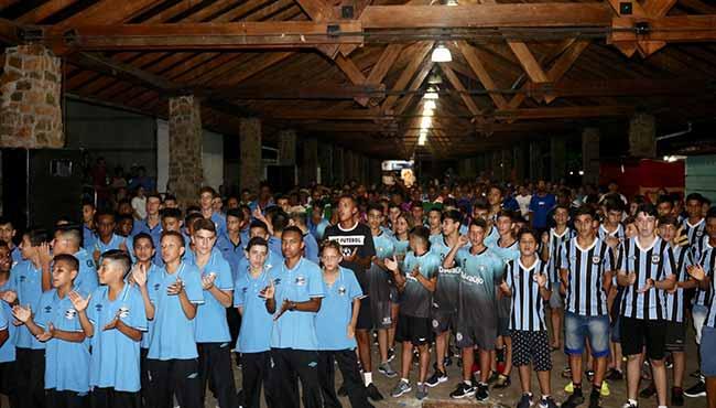 Escola do Grêmio promove a 13ª Copa Tricolor 1 - Escola do Grêmio promove a 13ª Copa Tricolor