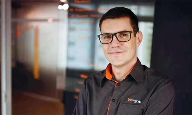Fabio Ivatiuk - Em um mundo digital, as aulas sem tecnologia estão com os dias contados