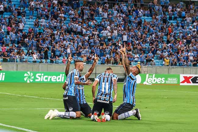 Grêmio estreia na Arena com goleada sobre o Juventude 1 - Grêmio estreia na Arena com goleada sobre o Juventude
