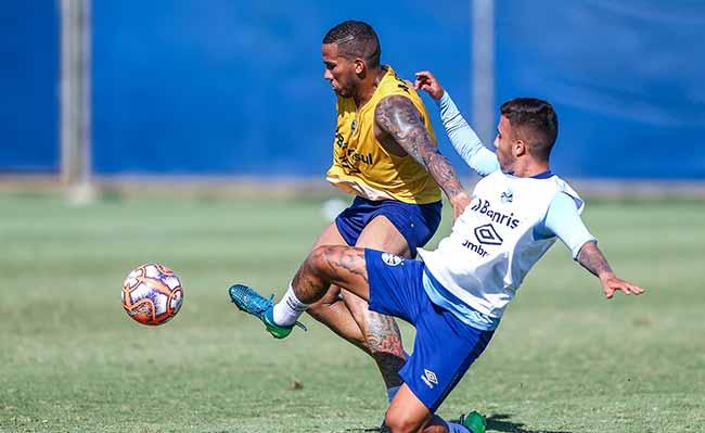 Grêmio finaliza preparação para enfrentar o Juventude - Grêmio finaliza preparação para enfrentar o Juventude