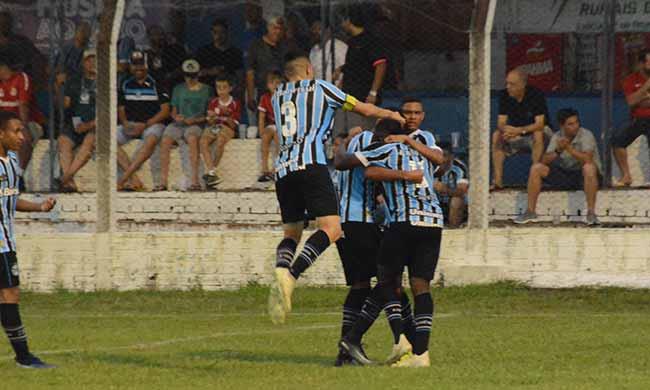 Grêmio na Copa Santiago Juvenil - Grêmio vence na estréia da Copa Santiago Juvenil