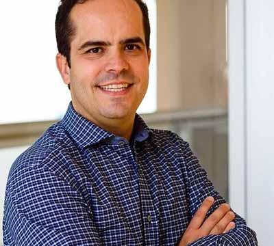 Guilherme de Almeida Prado - Crianças devem acompanhar a compra do material escolar
