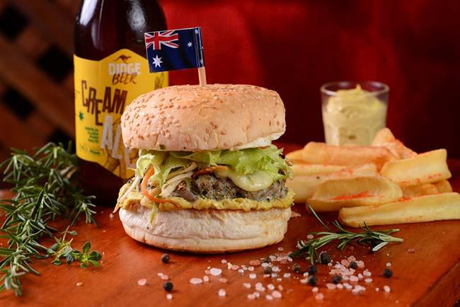 Hambúrguer de Jacaré - Hambúrguer de jacaré é lançado em Balneário Camboriú