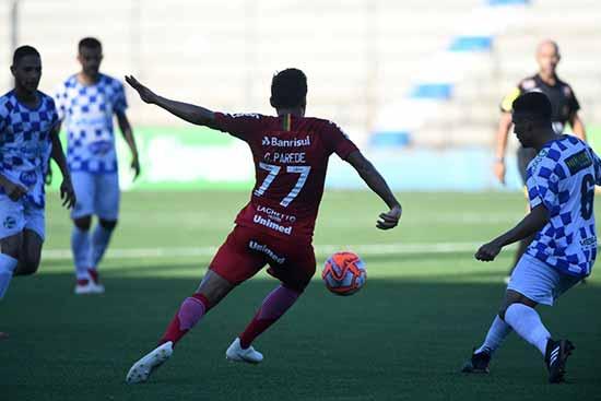 Inter sofre derrota no Passo DAreia 1 - Inter perde a segunda partida consecutiva no Gauchão
