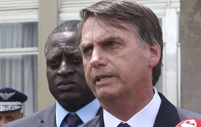 Jair Bolsonaro 2019 - Bolsonaro quer maior envolvimento das autoridades na segurança