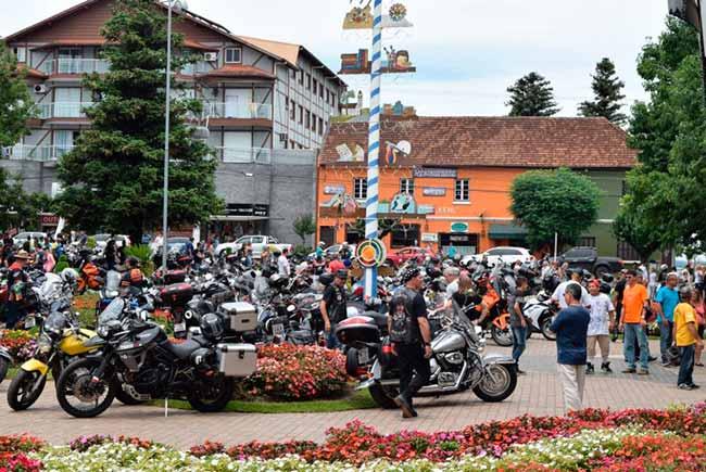 Motoclube Capetas da Serra - Encontro de Motos Capetas da Serra acontece este fim de semana em Nova Petrópolis