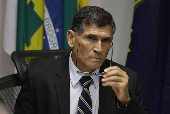 O general Carlos Alberto Santos Cruz foi escolhido para assumir a Secretaria de Governo - Ministros do governo Jair Bolsonaro