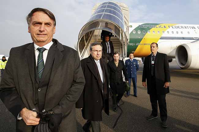 O presidente Jair Bolsonaro - Após cirurgia, Bolsonaro vai trabalhar no hospital
