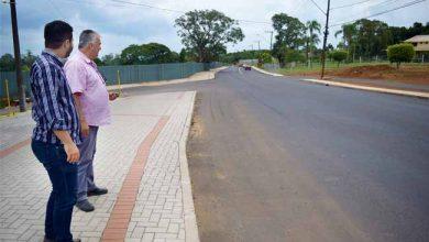 Obras na João Aloysio Allgayer 2 390x220 - Estrada de acesso à área central de Lomba Grande é revitalizada