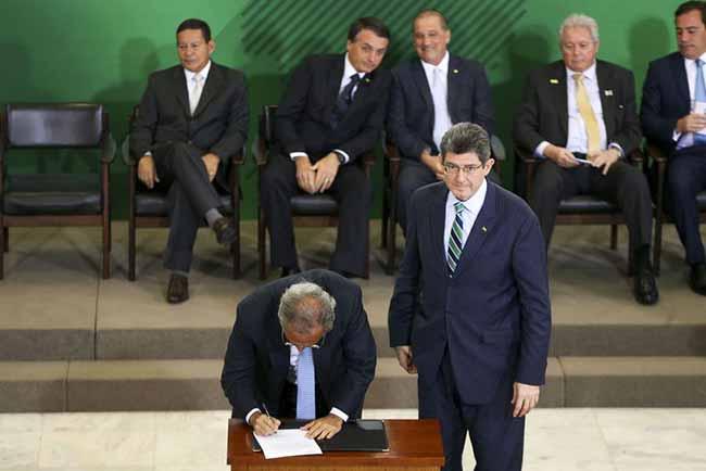 Posso dos presidentes dos banocs públicos da União 2 - Joaquim Levy toma posse no BNDES