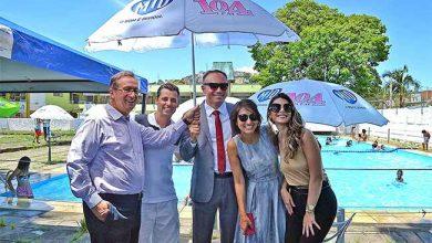 Prefeitura de Porto Alegre guarda sóis 390x220 - Porto Alegre recebe doação de guarda-sóis para piscinas públicas