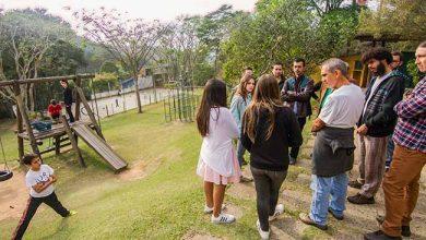 Programa Escolas Transformadoras 2 390x220 - Programa Escolas Transformadoras promove debate ao vivo