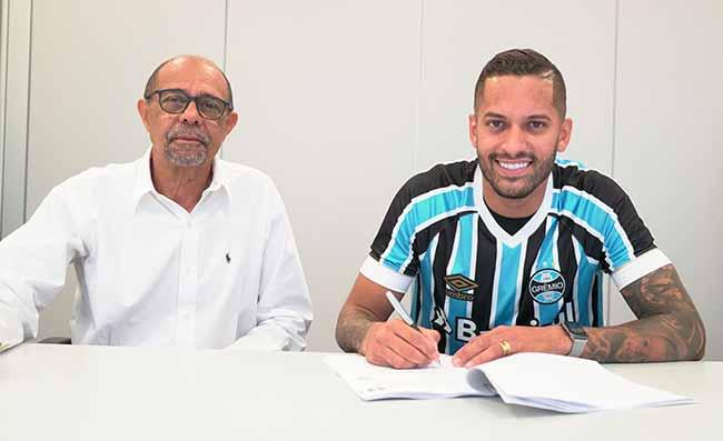 Romulo assina com gremio - Volante Rômulo assina com o Grêmio para temporada2019