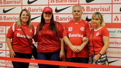 Sócios do Inter conheceram a zona mista do Beira Rio 390x220 - Sócios visitam zona mista do Beira-Rio no pós-jogo de Inter x Pelotas