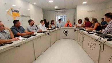 Photo of Secretaria de Saúde recebe prefeitos dos municípios do Vale do Sinos