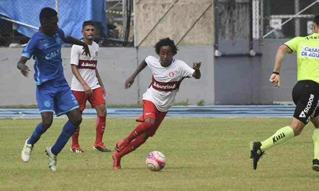 Sub 17 perde na estreia da Copa Santiago - Sub-17 perde na estreia da Copa Santiago