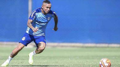 Treio do Grêmio 2019 1 390x220 - Grupo de atletas faz treino técnico no CT Luiz Carvalho