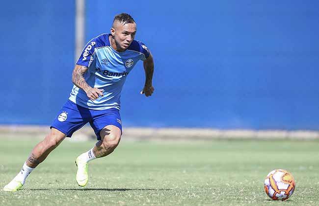 Treio do Grêmio 2019 1 - Grupo de atletas faz treino técnico no CT Luiz Carvalho