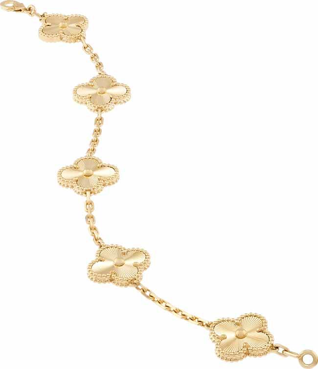 Van CleefArpels Pulseira Vintage Alhambra R24.80000 2 - Van Cleef & Arpels apresenta o brilho do ouro guilhochê